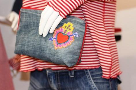 smilla n hkurs upcycling was aus einer alten jeans so alles werden kann smillablog. Black Bedroom Furniture Sets. Home Design Ideas