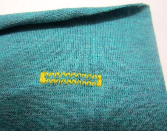 elastisches Jerseyknopfloch